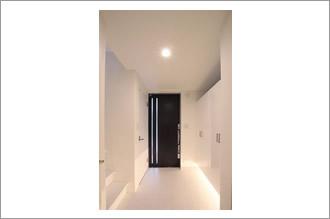 尻手の住宅 玄関
