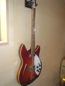 リッケンバッカー12弦ギター